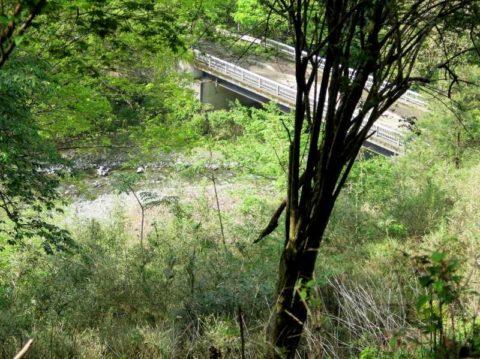 鍋割山川橋