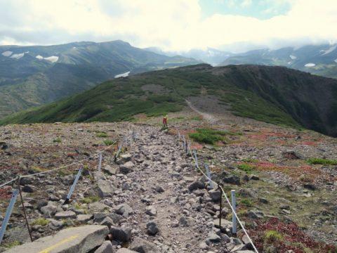 黒岳石室への縦走路