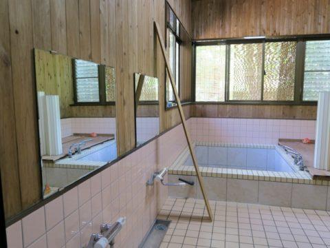 なべいわ荘風呂