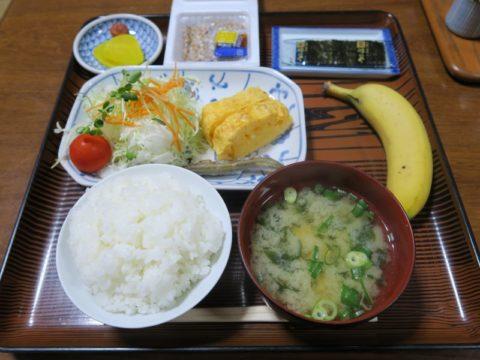 民宿山茶花朝食