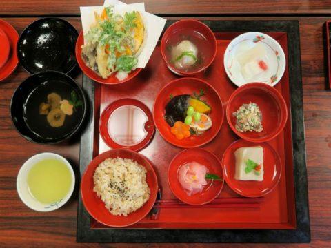仙遊寺宿坊夕食