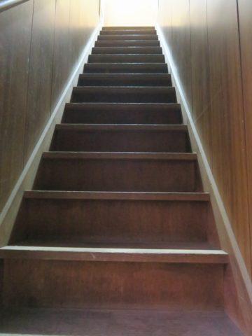 スローライフなお宿階段