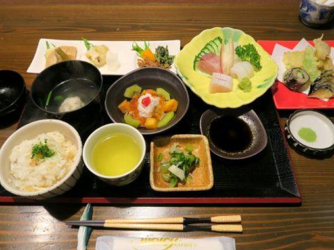 愛媛湯之谷温泉夕食