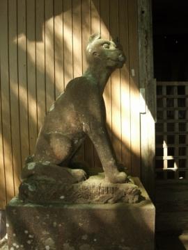 両神御嶽神社奥社狛犬オオカミ