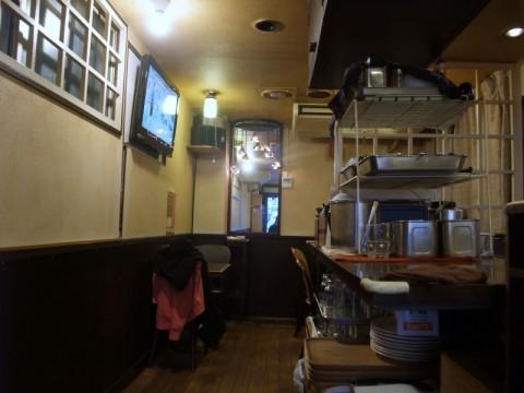 カレーハウスボルツ神田店