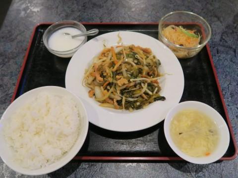 金福源竹橋ランチ豚肉と高菜の炒め