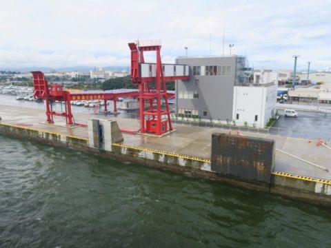 オーシャン東九フェリー 徳島新ターミナル(沖洲)